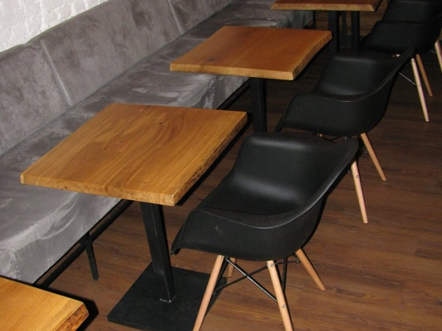 Столики из массива дуба 010