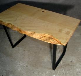Стол компьютерный из массива клёна