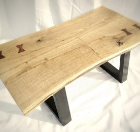 Малый кофейный столик из массива дуба