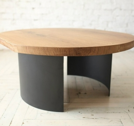 Round Coffee Table of Oak`s Solid