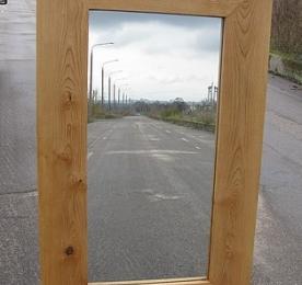 Зеркало из массива ясеня