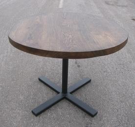 Обеденный стол круглый из массива дуба