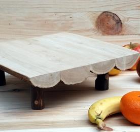 Миниатюрный столик для фруктов nvo004