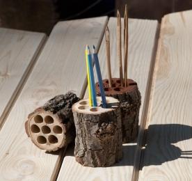 Эко-карандашница из дерева