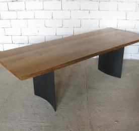 Стол из массива дуба W 015