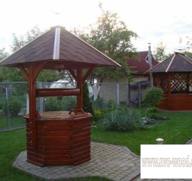 Wooden well  (0071)